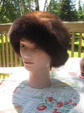 B41 Sweet Bonet Mink Fox Fur Hat Mink Light Brown Fox Dark Brown 23In