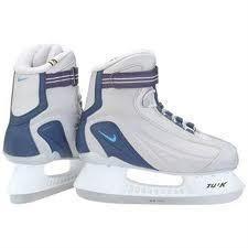Nike Recreational Boys Girls Ice Skate Size 3 New