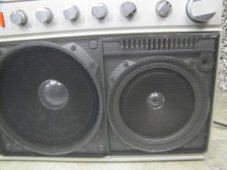 D8443 GHETTO BLASTER/BOOMBOX 4 BAND STEREO RADIO CASSETTE PLAYER
