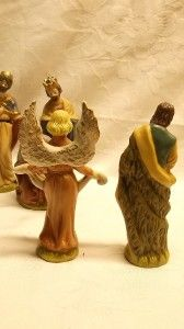 Breckenridge Holidays Deluxe Nativity Set 13 Porcelain Hand Painted