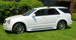 Cadillac SRX Running Boards Nerf Bars Trim 2004 2009