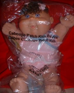 up for sale is this 38cm gorgeous cabbage patch kids baby comes with a