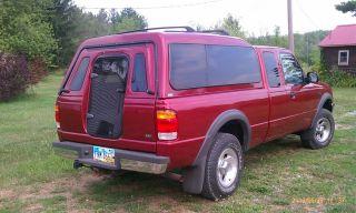 """Truck Cap Topper Camper Shell Fiberglass """"ARE"""" for Ranger, S 10"""