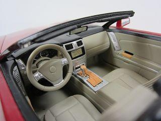 Hot Wheels 2001 Cadillac XLR Convertible 1 18 Scale Die Cast Model Car