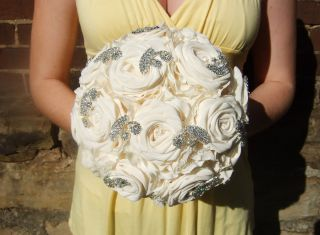 Rhinestone Wedding Bouquet Bridal Cream Roses Fabric Flower New