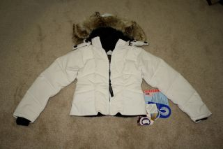 BNWT Canada GOOSE Astrila Womens Down Parka XS s 100 Authentic Black