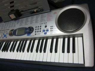 CASIO LK 43 ELECTRONIC KEYBOARD W/ STAND   KEY LIGHTING SYSTEM MIDI 61