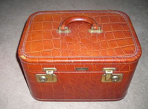 Vintage Cavanaugh Luggage Craftsmen Vanity Makeup Cosmetic Train Case