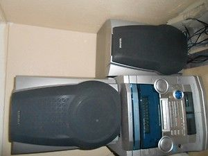 aiwa stereo with 3 cd player radio with dual casette player 2 speakers