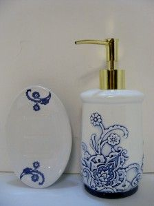 PC Ceramic Bath Set Blue Link Soap Lotion Dispenser Dish White Blue