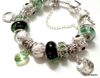 Green Hello Kitty Child Girl Heart Charm Bead Bracelet