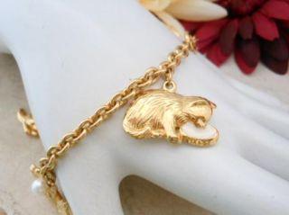 Avon Signed Gold Tone Cat Kitten Animal Charm Bracelet F7499