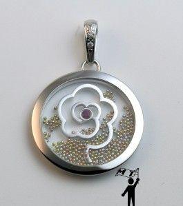White Floating Gold Ball Ruby Diamond Flower Pendant Necklace