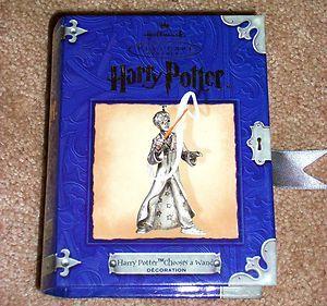 2001 Hallmark Harry Potter Chooses a Wand NIB Pewter Christmas