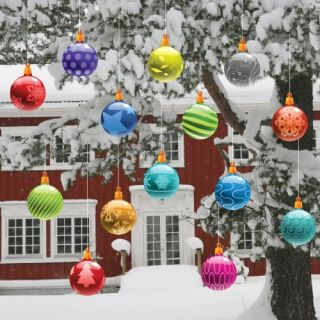 Christmas Yard Decorations   Traditional Hanging Christmas Ornaments