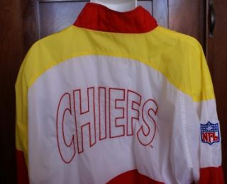 Chiefs Mens Size Large Windbreaker Jacket with Chiefs Logo NFL