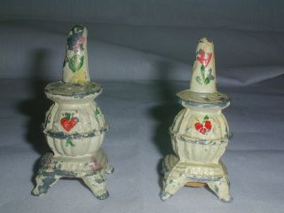 Vintage Handpainted Cast Iron Coal Pot Belly Stove Salt Pepper Shakers