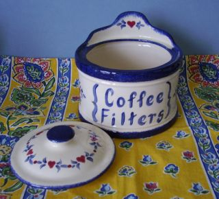 CERAMIC COFFEE FILTER HOLDER COVERED CROCK BASKET STYLE BLUE & WHITE