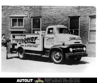 1954 Ford C500 COE Squirt Soda Truck Factory Photo