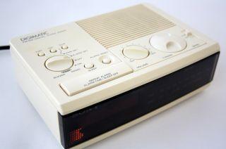 Vintage 80s Sony Digital Clock Radio Alarm Am FM LW Digimatic Snooze