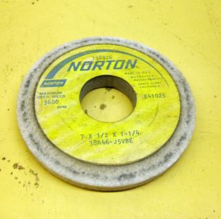 BENCH TOOL & CUTTER GRINDER GRINDING WHEEL NORTON 38A46 J5VBE 4 INCH