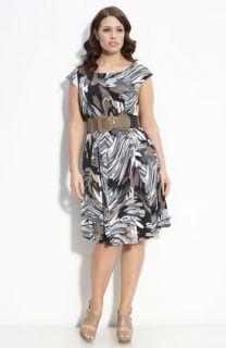 Robbie Bee Belted Matte Jersey Dress (Plus)