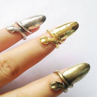 Color Girl Punk Cool Finger Nail Snake Design Ring Alloy Ring O