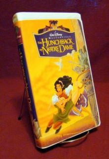 Walt Disney ~ The HUNCHBACK of NOTRE DAME ~ (VHS) White Clam Shell