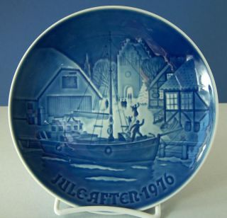 1976 BING & GRONDAHL PLATE CHRISTMAS WELCOME DENMARK BLUE & WHITE B&G