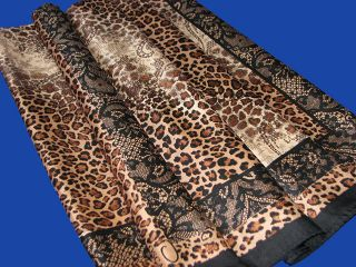 Oscar de la Renta Silk Scarf / Animal Print 35 X 35 (Brown)