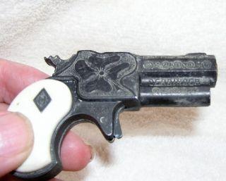 vintage 1960s hubley halco toy derringer cap gun
