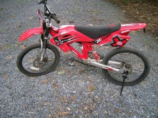 Games BMX Moto Bike 20 in Bike Disc brakes Looks like dirt bike