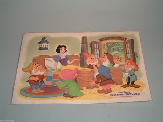 SNOW WHITE DISNEY VINTAGE 2 SIDED PLACEMAT SNOW WHITE 7 DWARFS CLASSIC