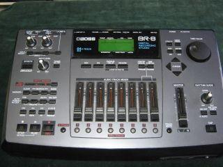BOSS BR 8 DIGITAL RECORDING STUDIO