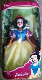 Disney Princess 14 Snow White Porcelain Doll Brass Key 2003 Brand New