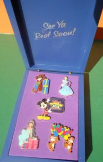 Disney WDW Mickeys Toontown of Pin Trading Big Party 5 Pin Boxed Set