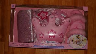 DREAM DAZZLERS ROOM DECOR SET LOT OF 4 SLIPPERS, BLANKET, PILLOW, MASK