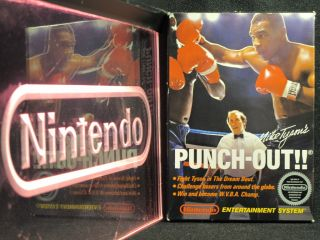 Nintendo NES Mike Tysons Punch Out CIB Complete in Black Box Near
