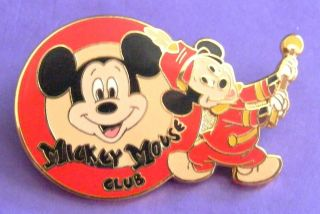 Disney Pin Le Walt Disney World Mickey Mouse Club 1 of 10 000 Pinpics