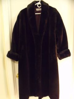Ladies Brown Faux Fur Winter Coat by Donnybrook Preowned