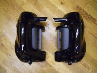 Genuine Harley Davidson Vivid Black Vented Fairing LOWERS 83 12