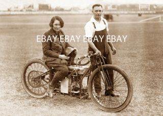 1927 Girl Woman Lady Motorcycle Racer Fay Taylour DT5 500 CC Photo