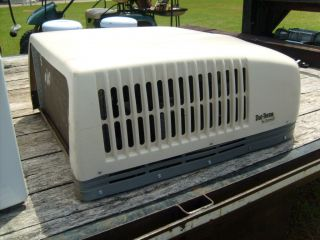 Duo Therm Dometic RV roof top air conditioner 13 5 K WITH HEAT more