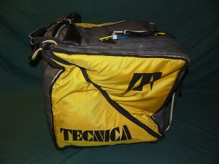 TECNICA Alpine Ski BOOT BAG holds 3 pair RACERS FAMILIES kids moms