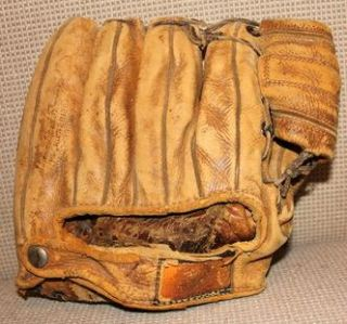 Vintage Early Wynn Wilson A2074 Professional Baseball Glove Indians
