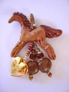 DUN HORSE by CYNDYHORSES of MONTANA w/ GOLDTONE HEART LOCKET