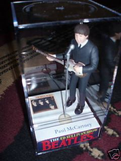 NEW Ed Sullivan THE Beatles PAUL Mccartney in case figure/figurine