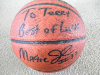 Autographed EARVIN MAGIC JOHNSON basketball Wilson NCAA Los Angeles