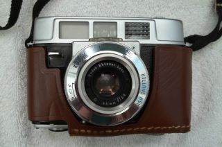 Automatic 35B Camera w/Leather case Made in the USA (35mm camera