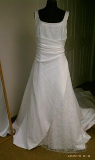 Emme Bridal Sleeveless Wedding Dress Gown Size 20 in White